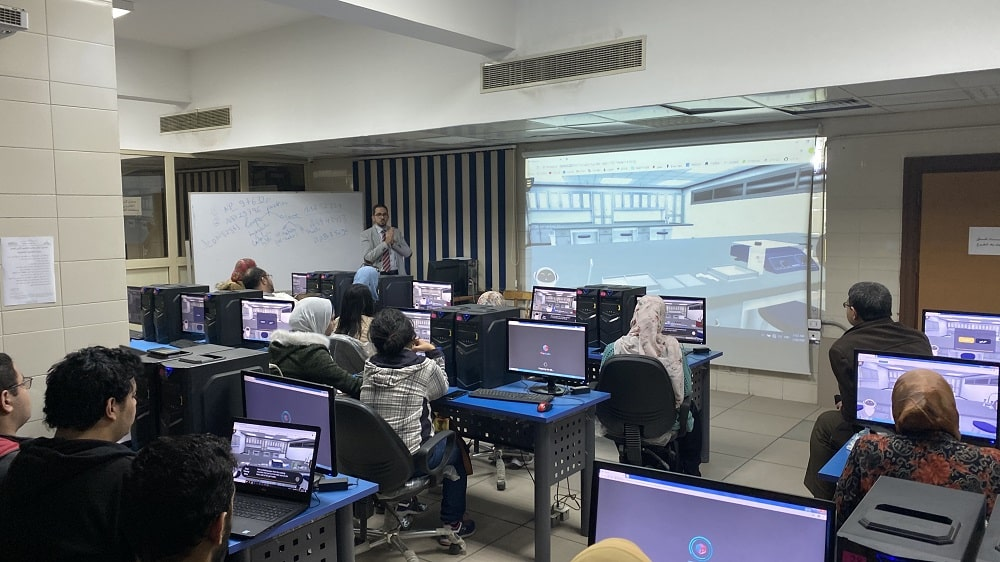 معامل براكسيلابس في كلية الصيدلة جامعة عين شمس