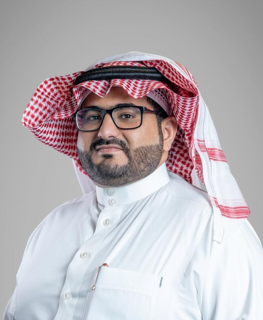د. طلال الاسمري أستاذ مساعد بجامعة جدة